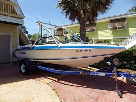 18Ft Sunbird bowrider with trailer