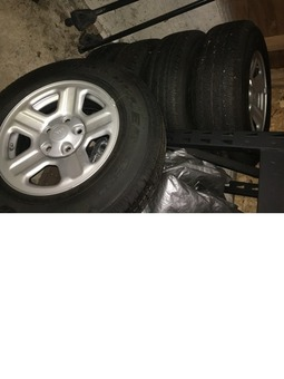 5 Jeep Tires/Wheels - like new